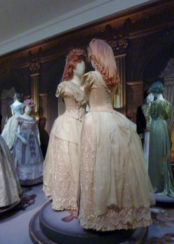 Romantische mode in het Gemeentemuseum in Den Haag